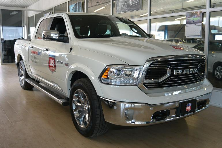 RAM 1500 Limited Crew Cab   8-k automaat